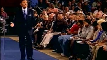 Photo of Kenneth Copeland Defends The Prosperity Gospel And Says God Needs You Rich