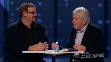 Photo of Sadly Luis Palau Tells Ed Stetzer That Jesuit and Marxist Pope Francis is A Christian